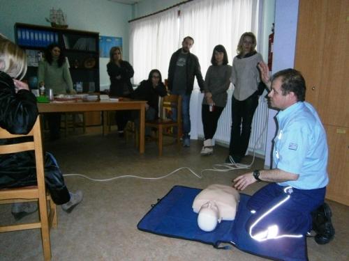 Εκπαίδευση σε θέματα πρώτων βοηθειών και ΚΑΡΠΑ